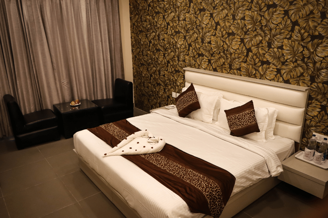 Read more about the article Super Deluxe Room